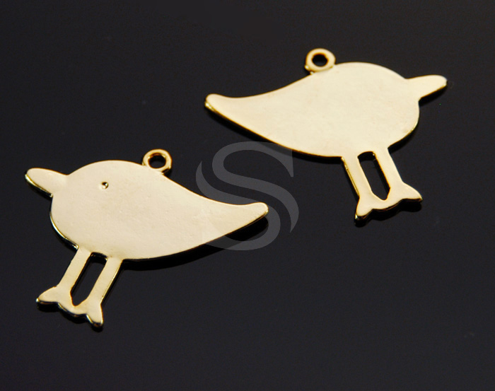 [B0054-P-G] 4 Pcs / Sandpiper Charms / Pewter / 32mm x 23mm