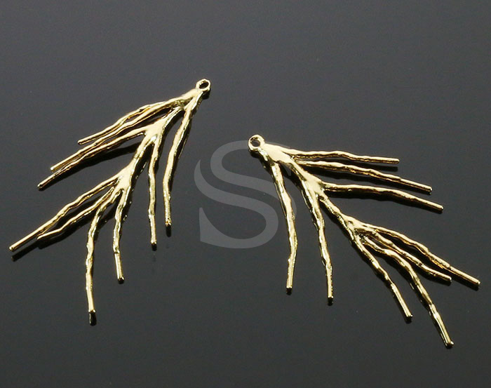 [B0114-P-G] 2 Pcs / Pine Leaf Motif Earring Findings / Brass / 40mm x 28mm