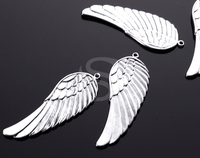 [B0169-P1-ATSS] 2 Pcs / Beautiful Angel Wing Pendant / Brass / 15mm x 43mm