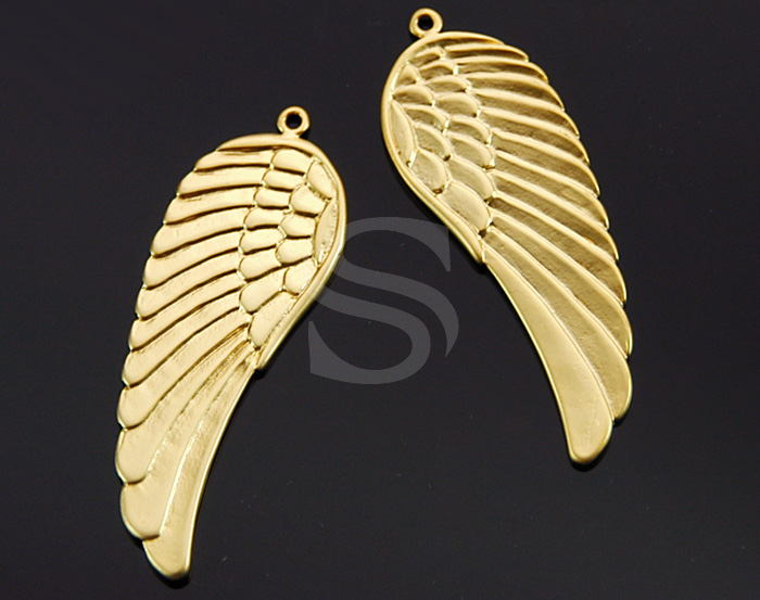 [B0169-P1-MG] 2 Pcs / Beautiful Angel Wing Pendant / Brass / 15mm x 43mm