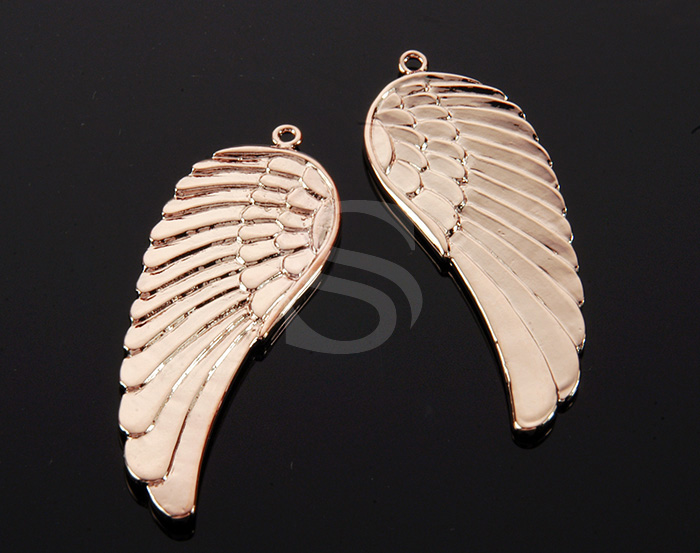 [B0169-P1-RG] 2 Pcs / Beautiful Angel Wing Pendant / Brass / 15mm x 43mm