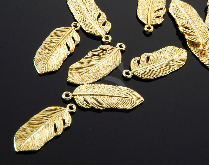 [B0409-P1-G] 4 Pcs / Bird Feather Pendant / Brass / 9.3mmx23.5mm