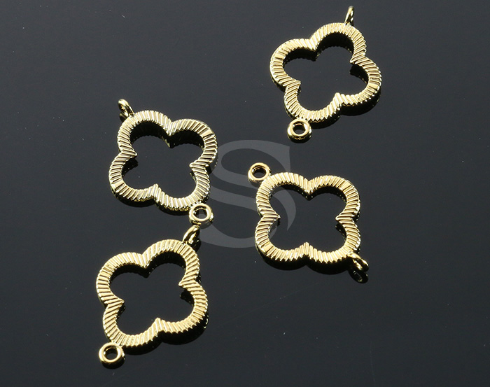 [B0995-C-G] 4 Pcs / Brush Texture Detailed Clover Connector / Brass / 17mm x 21mm