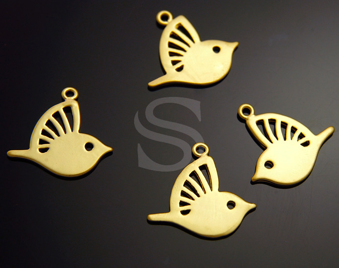 [B1013-P-MG] 4 Pcs / Cut Out Detailed Wings Cute Bird Pendant / Brass / 18mm x 14.5mm