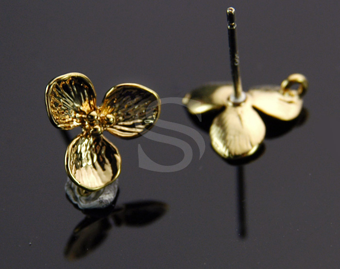 [B1067-E-G] 4 Pcs / Delicate Three Petals Earring / Brass / 9.8mm x 9.8mm