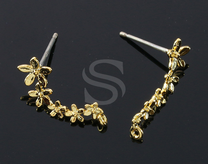[B1457-E-G] 2 Pcs / Lined Five Flowers Stud Earrings / Brass / 6.9mm x 17.4mm