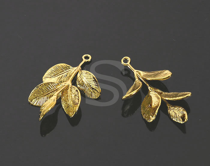 [B1470-P-G] 2 Pcs / Real Like Branch With Leaves Pendant / Brass / 19.4mm x 29.8mm