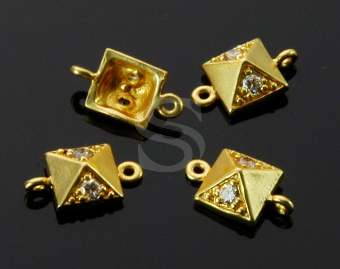 [B1528-C-MG] 4 Pcs / CZ Detailed Chic Pyramid Shape Connector / Brass / 6.4mm x 11.4mm