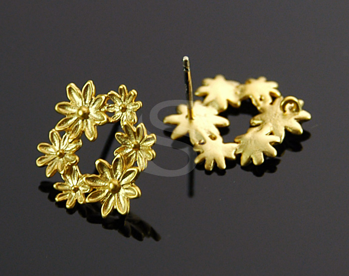 [B1531-E-MG] 2 Pcs / Flower decorated Earring / Brass / 15.5mm x 17.5mm