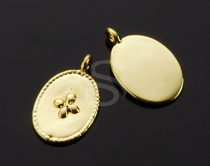 [B1536-P-G] 4 Pcs / Flower Detailed Oval Pendant / Brass / 9.2mm x 15.1mm
