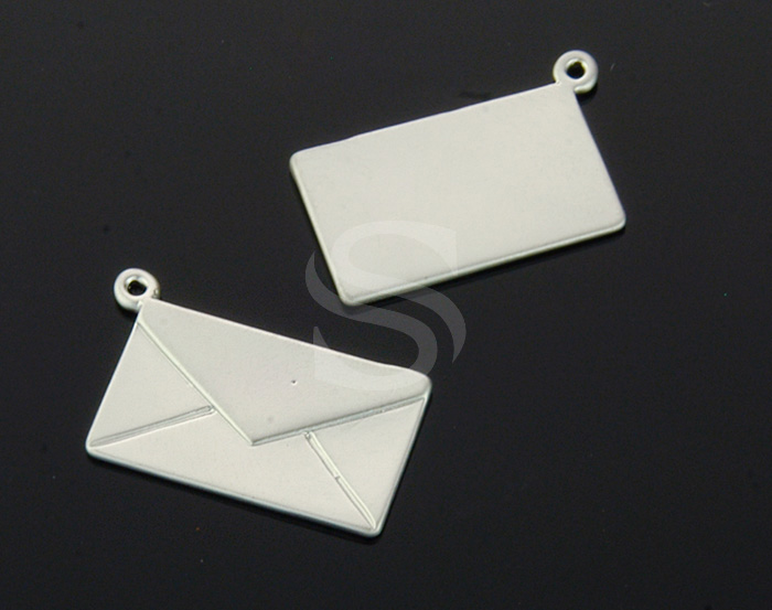 [B1564-P-MS] 4 Pcs / Love Letter Charm / Brass / 16mm x 9.3mm