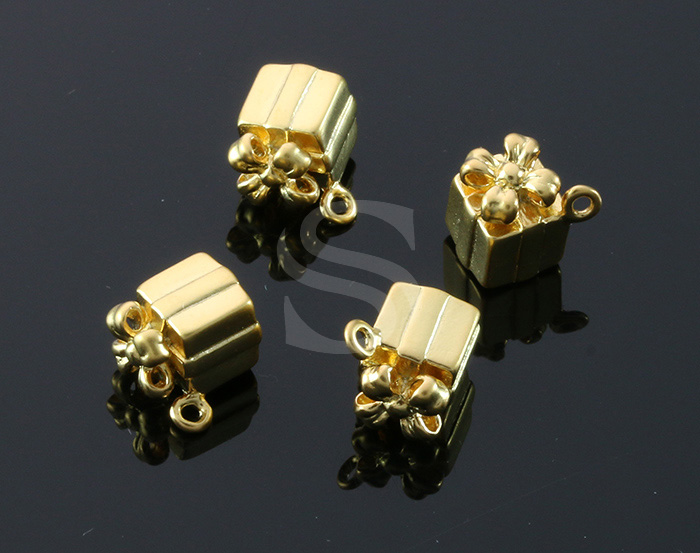 [B1607-P-MG] 4 Pcs / Gife Box Pendant / Brass / 7mm x 9.3mm
