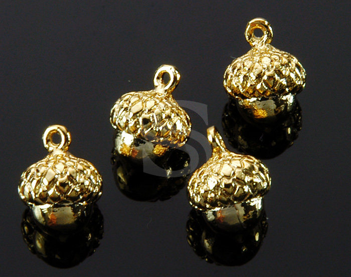 [B1736-P-G] 4 Pcs / Mini Acorn Charm / Brass / 8.6mm x 12.3mm
