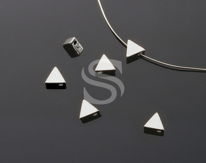 [B2036-C-ATSS] 6 Pcs / Triangle Beads / Brass / 6mm