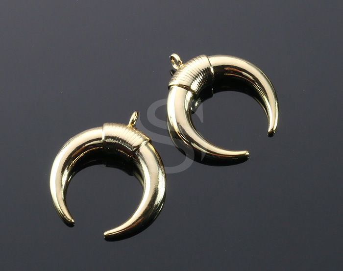[B2125-P-G] 2 Pcs / Double Horn Pendant / Brass / 20mm x 22.5mm