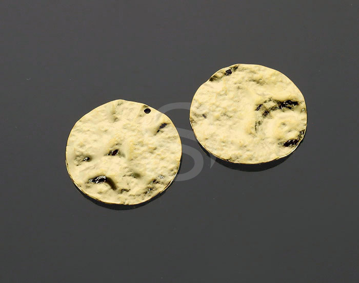[B2189-P2-G] 4 Pcs / Hammered Disc Surface Round Coin Pendants / Brass / 24.2mm