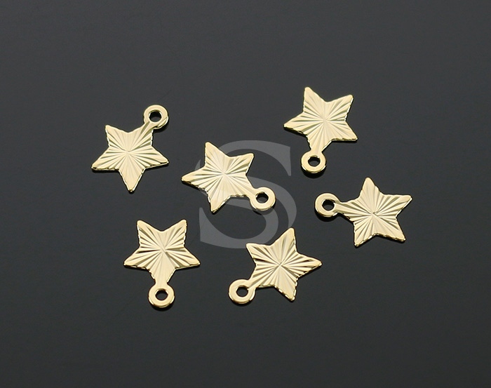 [B2234-P1-G] 6 Pcs / Diamond Cut Flat Star Charm Pendant / Brass / 7.5mm x 8.2mm