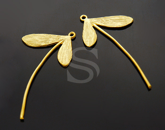 [B0260-P1-MG] 4 Pcs / Maple Fruit Motif Pendant / Brass / 21mm x 40mm