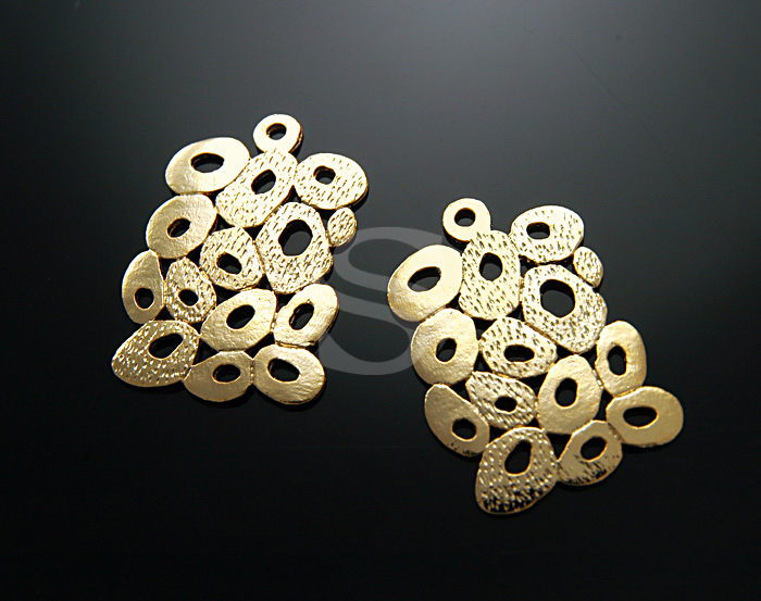 [B0358-P-G] SALE 2 Pcs / Darling Bubble Squares / Pb Free Pewter / 20mmx30mm