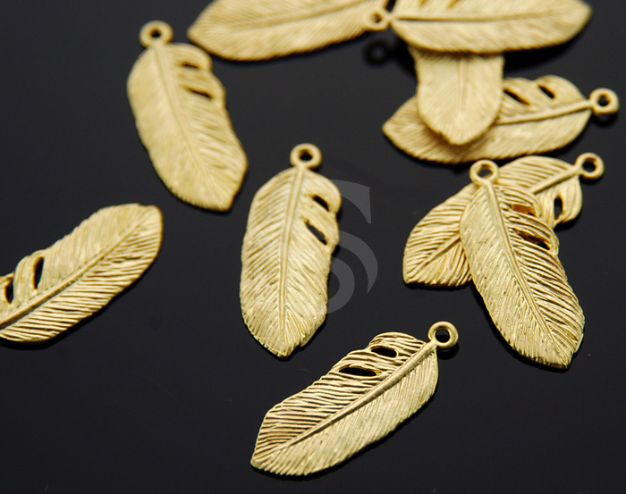 [B0409-P-MG] 4 Pcs / Bird Feather Pendant / Brass / 9.3mmx23.5mm