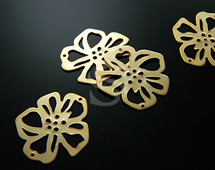 [B0118-C-G] 4 Pcs / Elegant Simplicity Flower Connectors / Steel / 34mm