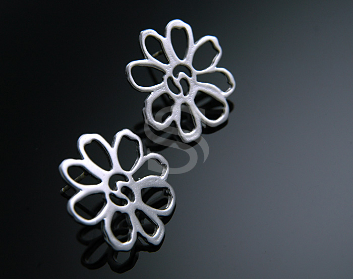 [B0480-E-MS] SALE 2 Pcs / Simple Line Art Flower Earring / Brass / 16.7 mm x 19 mm