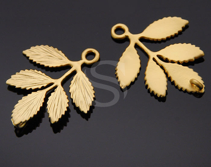 [B0230-C1-MG] 2 Pcs / Dainty Branch with Leaves Connector / Brass / 23mmx26.7mm