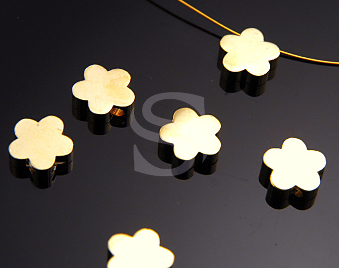 [B0384-C2-G] 6 Pcs / Adorable Daisy Flower Beads / Brass / 8.3mm