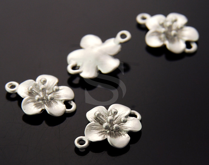 [B0977-C-MS] 6 Pcs / Dainty Cherry Blossom Connector / Brass / 14mm x 10.5mm