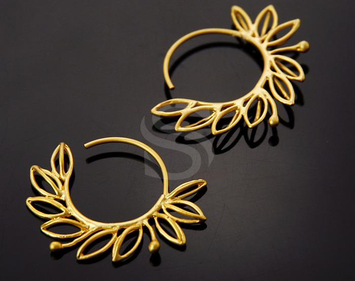 [B0983-E-MG] 2 Pcs / Lined Leaf Detailed Round Hoop Earrings / Brass / 26.7mm x 36.7mm
