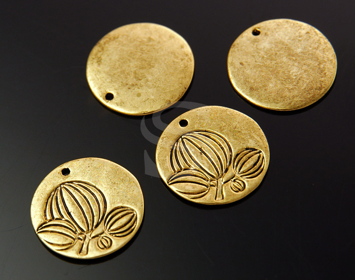 [B1584-P-AG] 4 Pcs / Imaginary Tree Carved Simple Round Pendant / Brass / 20mm
