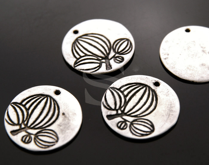 [B1584-P-AS] 4 Pcs / Imaginary Tree Carved Simple Round Pendant / Brass / 20mm