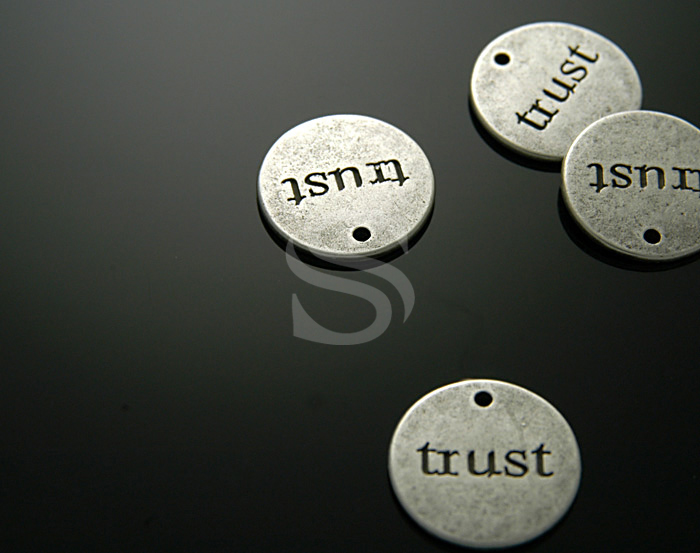 [C-196-AS] 4 Pcs / I Trust...Pendant