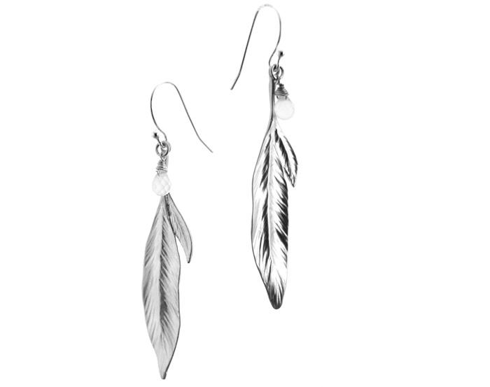 Delicate Leaf Vein Detailed Branch of Leaves Earring