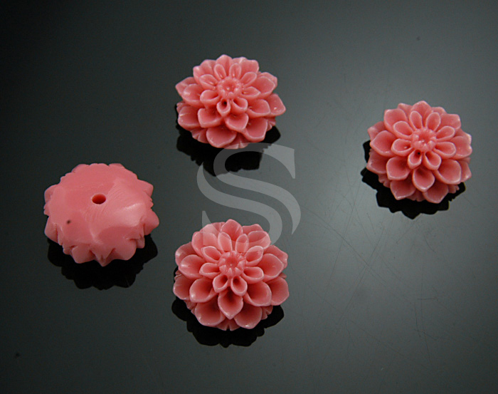 [G0039-PK] 4 Pcs / Delicate, Romantic Pink Chrysanthemum Bead / Polyresin / 14.7mm