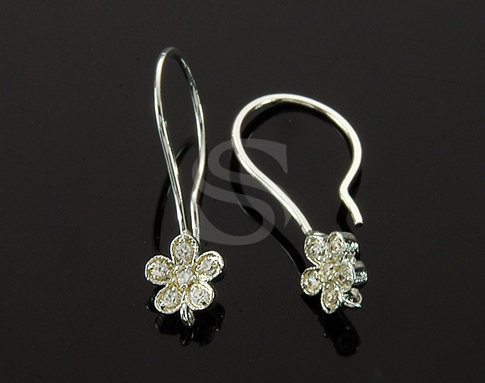 [H0207-H-ATSSCR] 2 Pcs / CZ Detailed Five Petals Flower Hook Earring / Brass / 6mm x 23mm