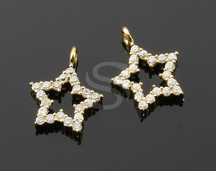 [H0318-P1-G] 2 Pcs / Delicate Cubic Zirconia Star Pendant / Brass / 11mm x 14mm
