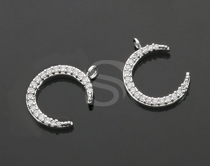 [H0518-P-RF] 2 Pcs / CZ Detailed Crescent Moon Charm Pendant / Brass / 14.8mm x 11mm