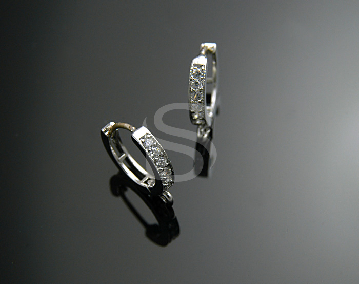 [H0026S-E-RF] 4 Pcs / Petite Leverback Hoop Earring Findings / Swarovski / 5mmx11mm