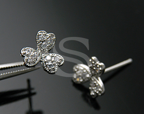 [H0105-E-RF] 2 Pcs / Clover Stud Earrings / Brass / 8mm x 8mm