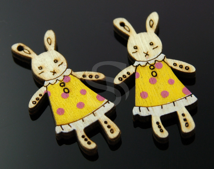 [UM0034-YE] 4 Pcs / Wooden Rabbit Pendant / Wood / 20mm x 37mm