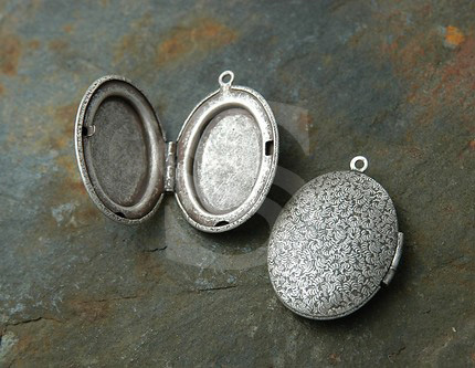 [B1577-P-AS] 1 Pcs / Beautiful Surface Oval Locket