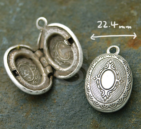 [B1578-P2-AS] 1 Pcs / Highly wrought Pattern Oval Locket / Brass / 22.4mm x 32.5mm
